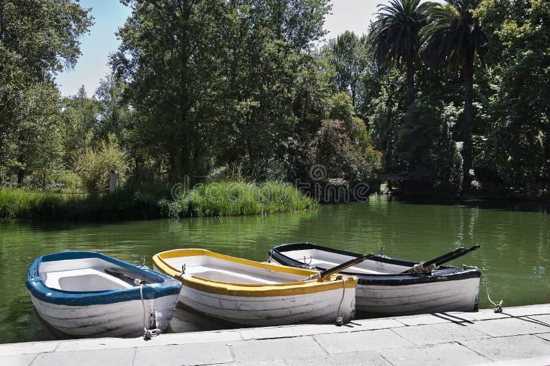 Download Barcos foto de stock. Imagem de pequeno, navio, velho - 26506682