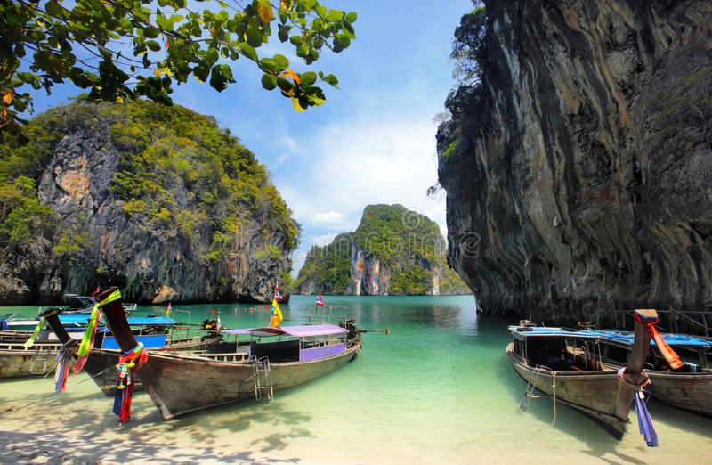 Barcos atados largos en Tailandia fotos de archivo libres de regalías