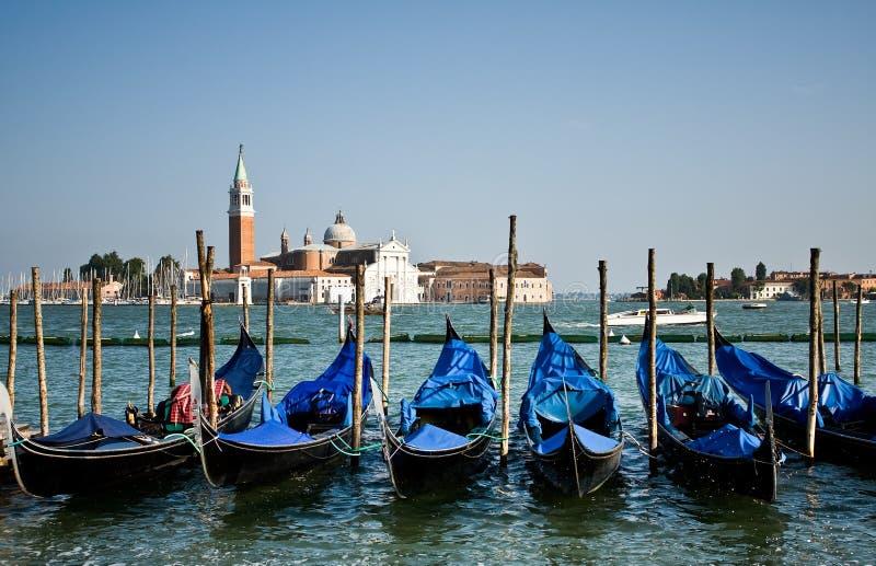 Barcos da gôndola, Veneza imagem de stock