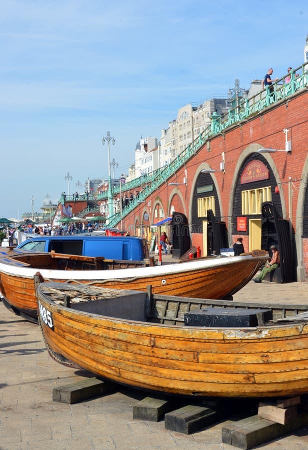 Barcos de Brighton Fishing Museum en Brighton Beach fotos de archivo