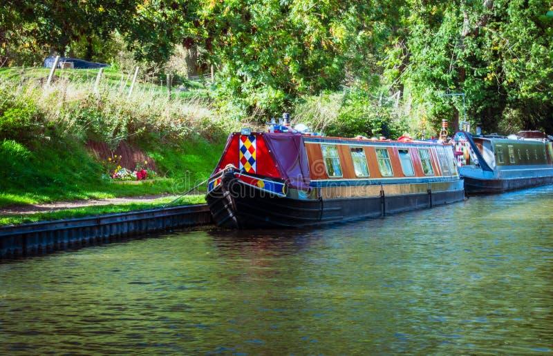 Barcos de canal no canal da união de Shropshire imagem de stock
