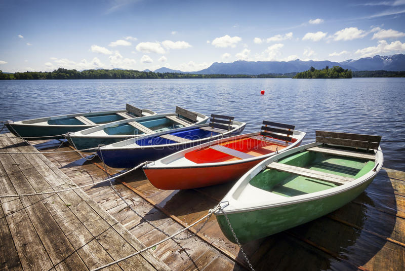 Barcos de fila foto de archivo