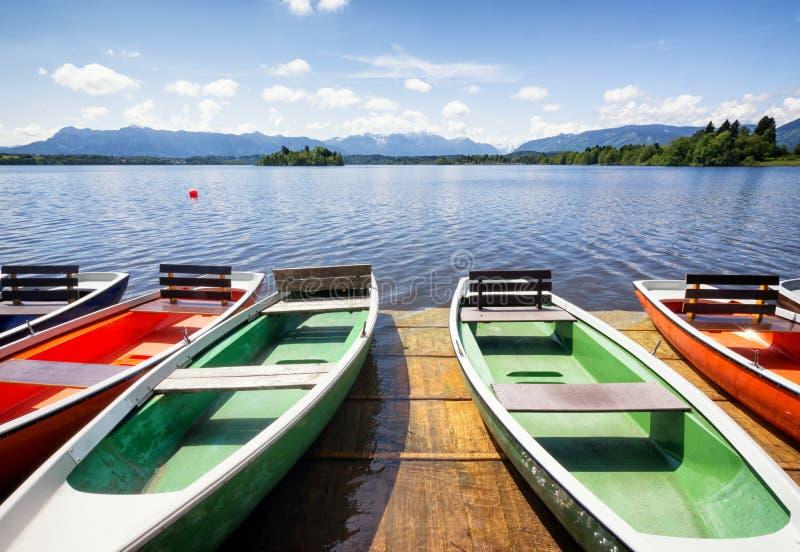 Barcos de fila imagen de archivo