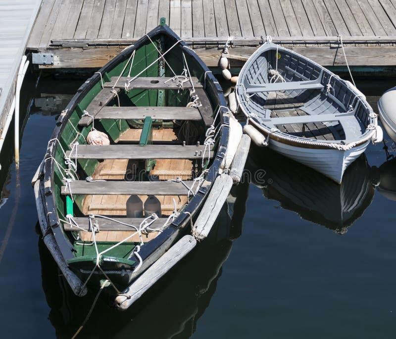 Barcos de fila atados para arriba en Maine Harbor fotos de archivo libres de regalías
