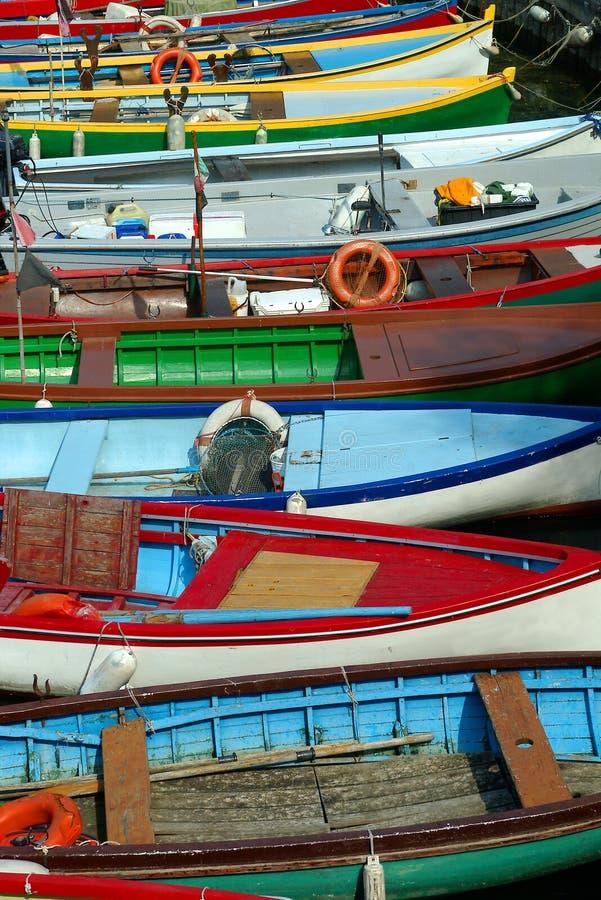 Barcos de Garda del lago fotos de archivo