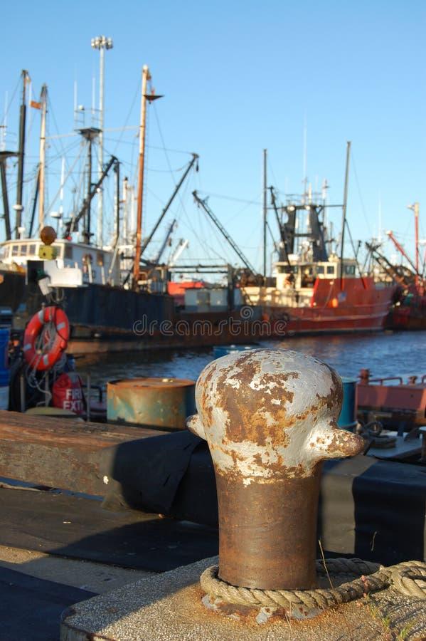 Barcos de la pesca profesional imagenes de archivo