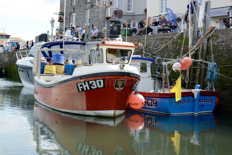 Barcos de la pesca y del ocio fotografía de archivo