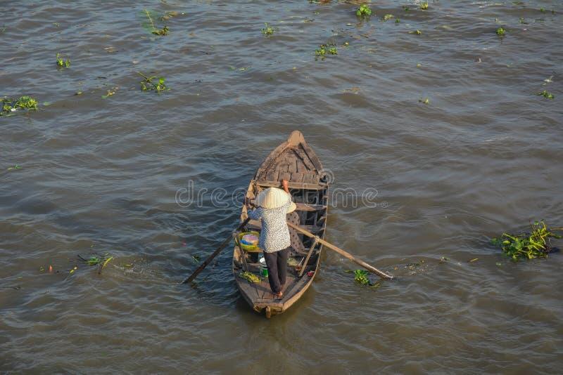 Barcos de madeira em Mekong River fotos de stock royalty free