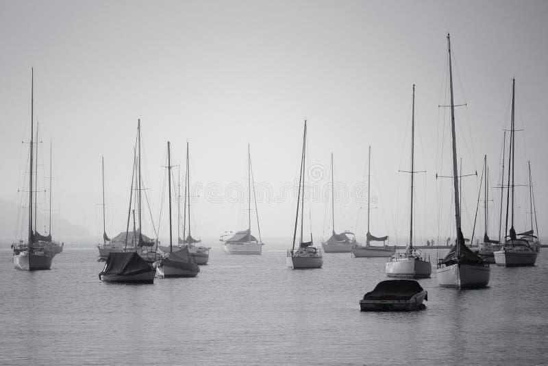 Barcos de navegación imagen de archivo libre de regalías
