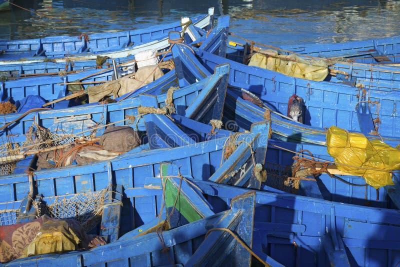 Barcos de pesca azuis imagem de stock royalty free