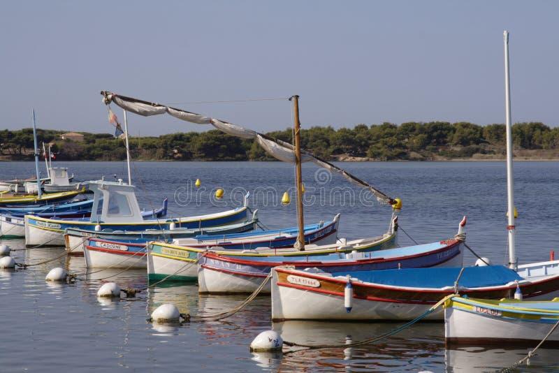 Barcos de pesca mediterráneos foto de archivo