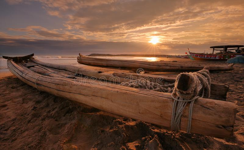 Barcos de pesca tradicionales en Kanyakumari, la India fotografía de archivo