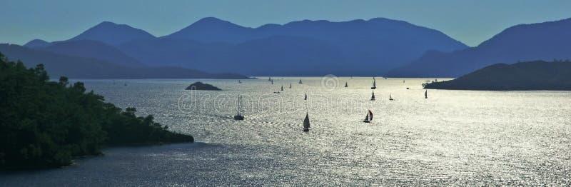 Barcos de vela em louros de Gocek fotografia de stock