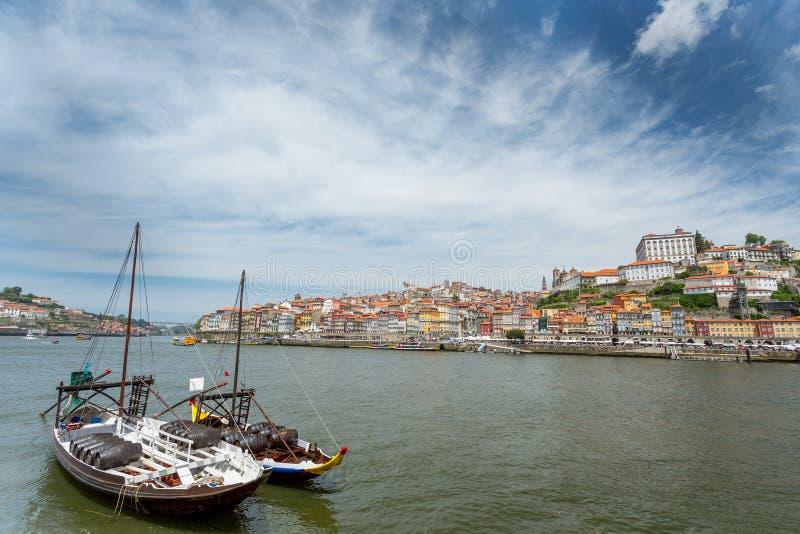 Barcos del vino de Oporto imagen de archivo libre de regalías