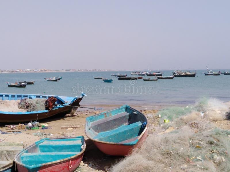 Barcos e beira-mar da pesca fotografia de stock