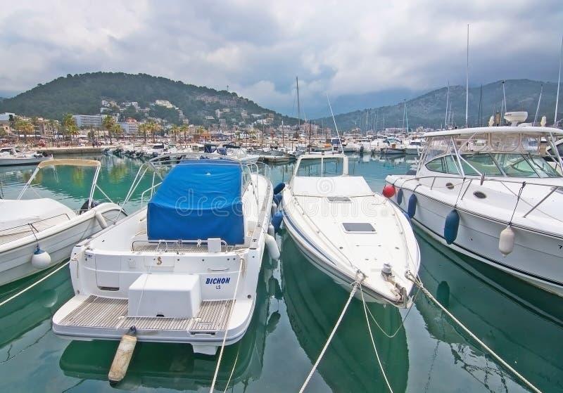 Barcos e detalhes Puerto Soller Mallorca imagem de stock