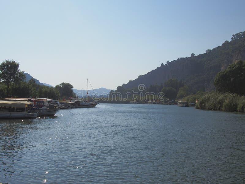 Barcos e vias navegáveis, Dalyan Turquia fotos de stock