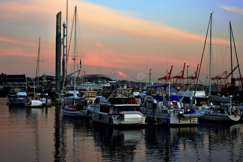 Barcos en el golfo de Seattle foto de archivo