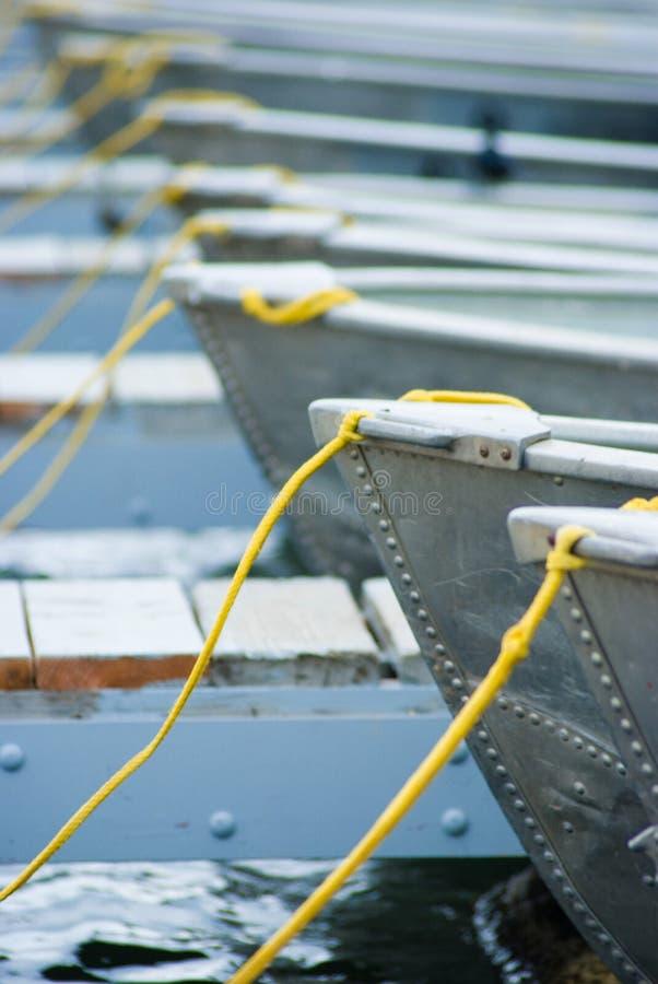 Barcos en el muelle fotografía de archivo