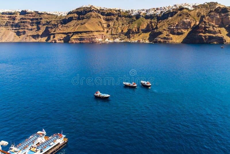 Barcos en el puerto foto de archivo