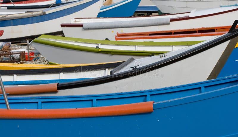 Barcos en la playa fotos de archivo