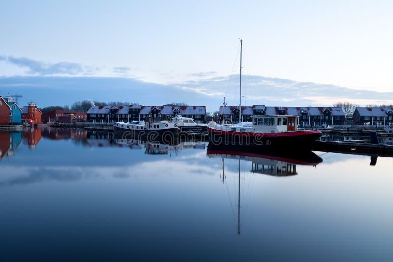 Barcos en Reitdiephaven en Groninga foto de archivo libre de regalías