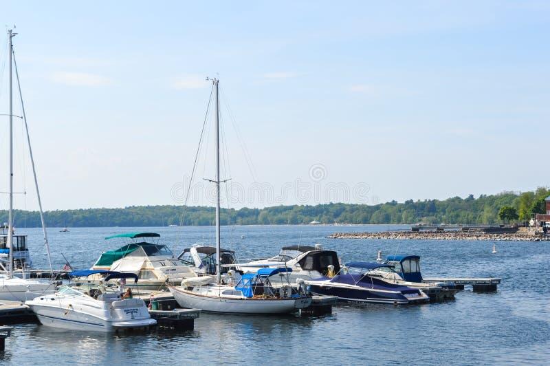 Barcos en un muelle en Burlington, Vermont, los E.E.U.U. fotografía de archivo libre de regalías