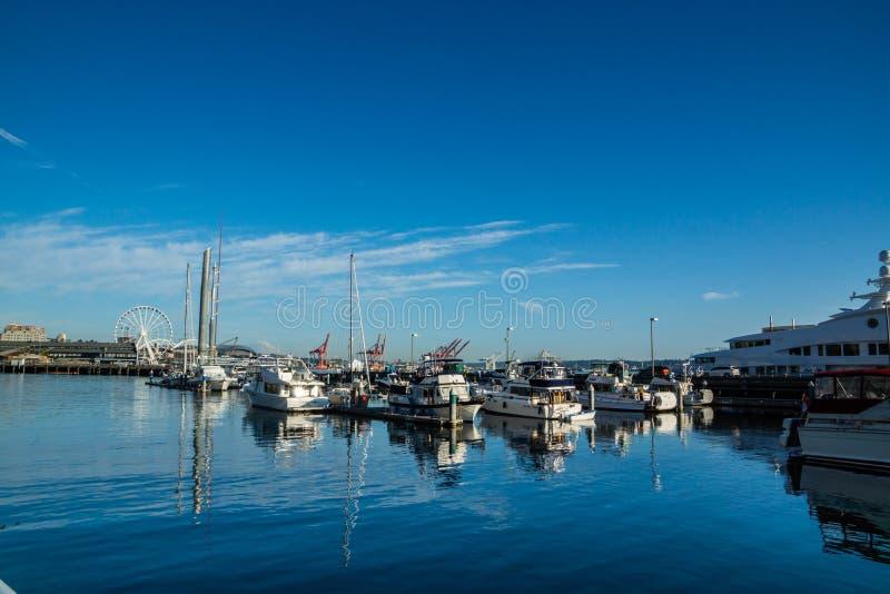Barcos entrados no cais 66 de Seattle foto de stock royalty free