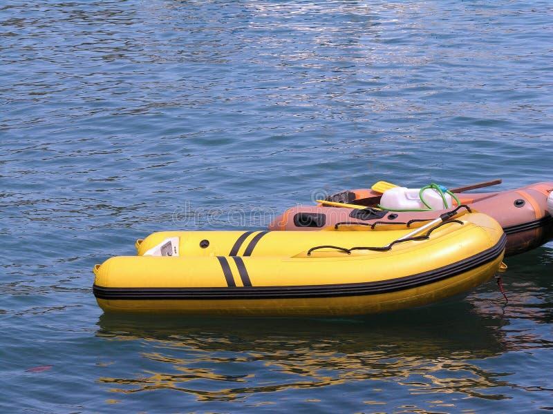 Barcos inflables imagen de archivo
