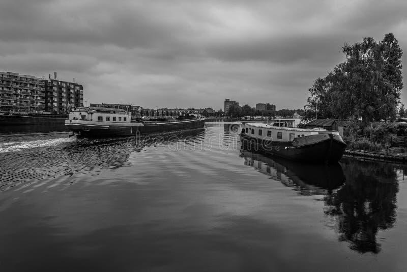 Barcos no Spaarne imagens de stock