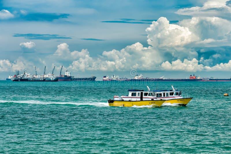Barcos-patrulha em Singapura fotografia de stock royalty free