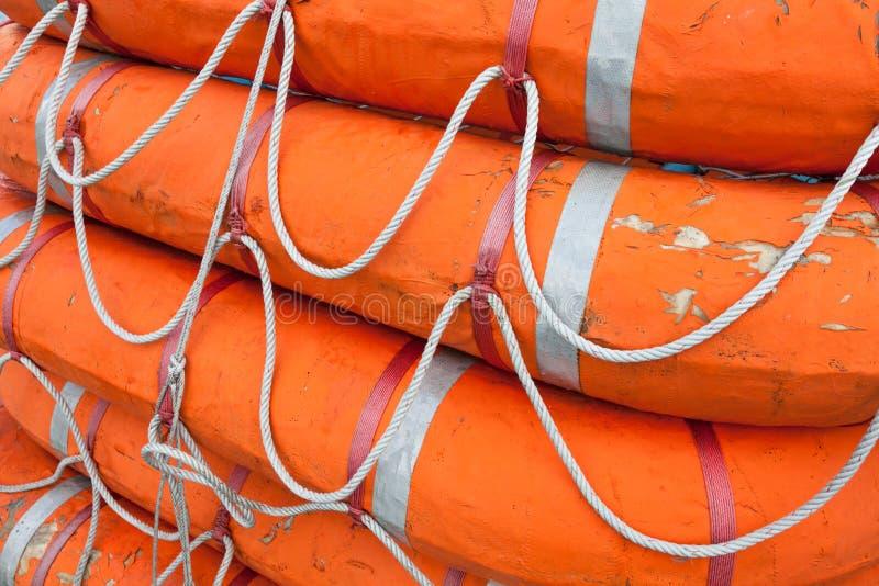 Barcos salva-vidas a bordo da balsa foto de stock royalty free