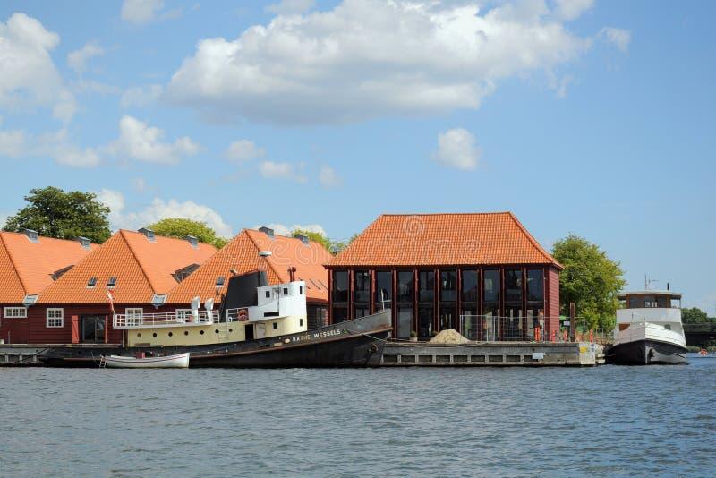 Barcos velhos em Copenhaga, Copenhaga, Dinamarca imagem de stock royalty free