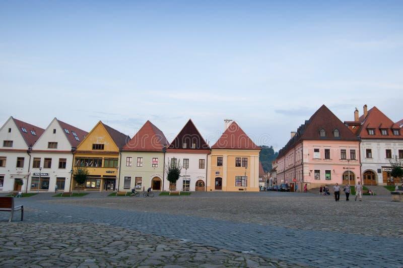 Bardejov - ciudad de la UNESCO - panorama por la tarde imagen de archivo libre de regalías