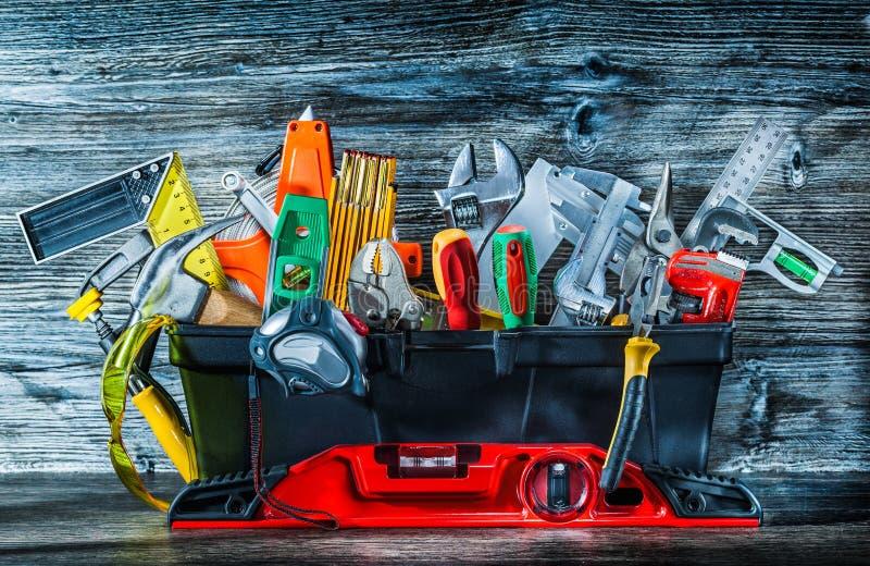 Bardzo duży set budów narzędzia w toolbox na rocznika drewnie fotografia royalty free