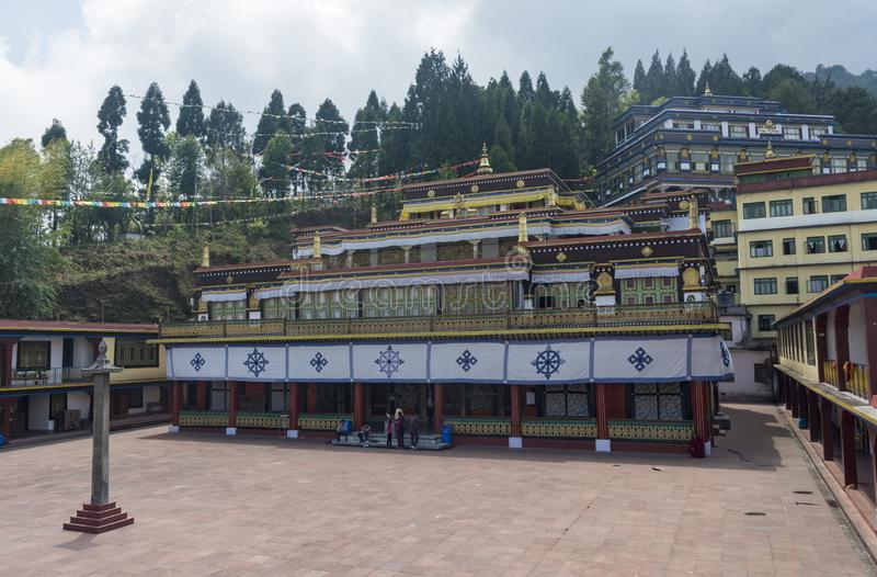 Bardzo Wibruj?cy i Colourful Rumtek monaster blisko Gangtok, Sikkim, India obraz royalty free