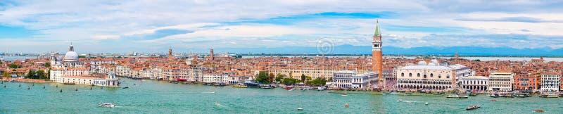 Bardzo wysoka rozdzielczość panoramiczny widok Wenecja na pięknym dniu zdjęcie stock