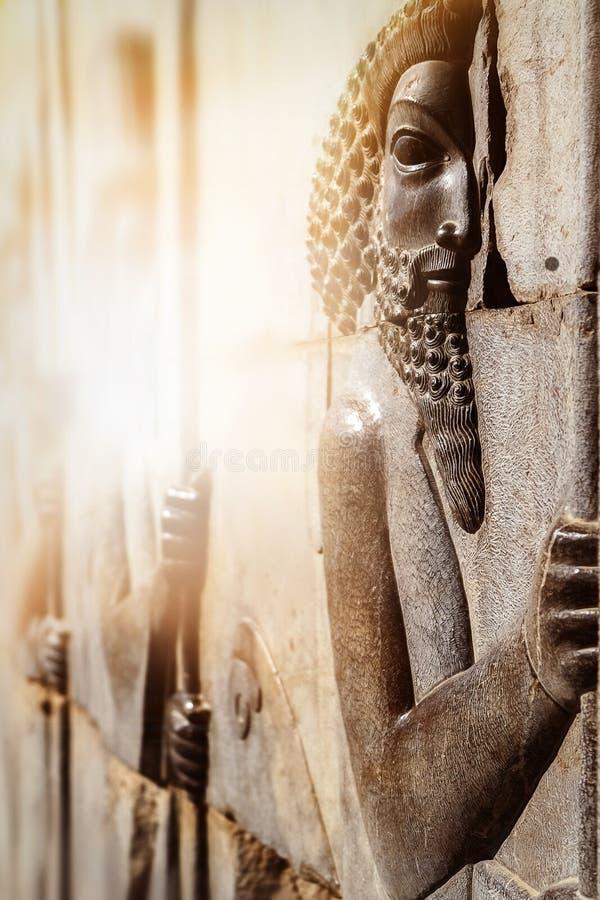 Barelief rzeźbił na ścianach starzy budynki w Persepolis Persepolis jest kapitałem antyczny Achaemenid królestwo zdjęcie stock