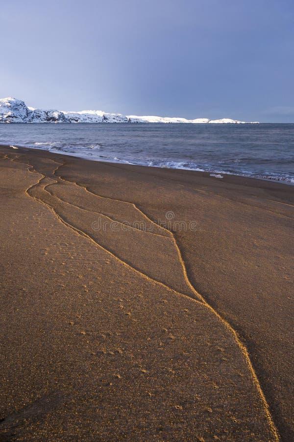 Barents Denny brzeg Kola półwysepu krajobraz obraz stock
