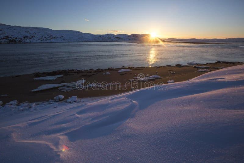 Barents morza zatoka Kola p??wysepu krajobraz obrazy royalty free