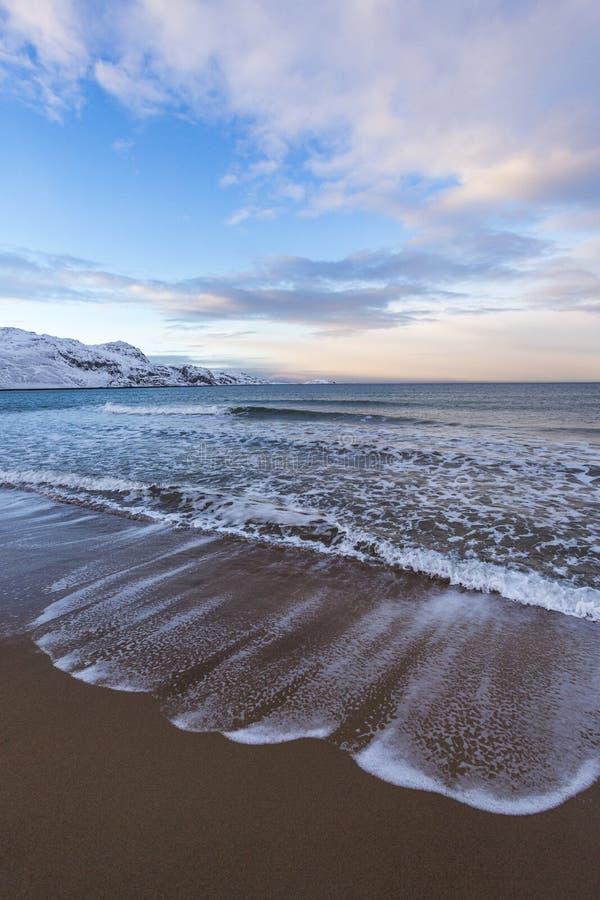 Barents morza zimy krajobraz Kola Półwysep zdjęcia stock