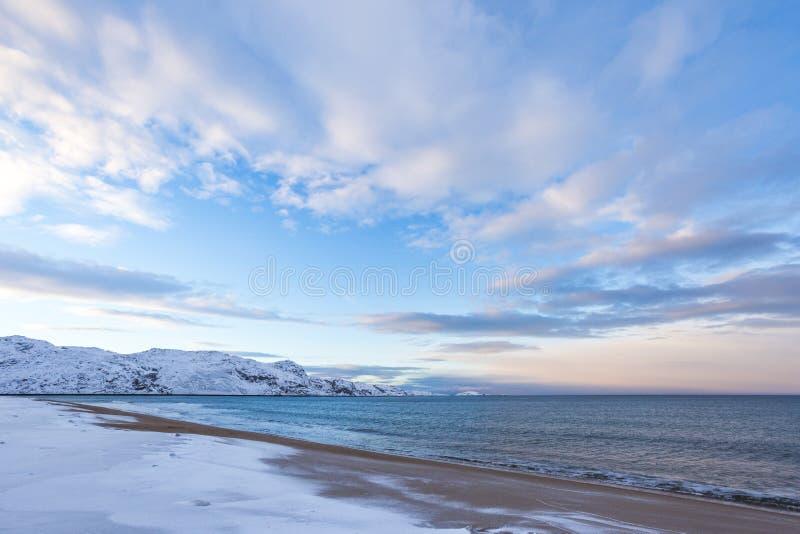 Barents morza zimy krajobraz Kola Półwysep fotografia stock