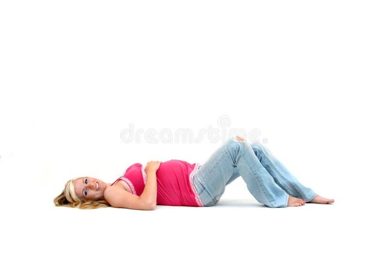 Barfüßig und schwanger stockfotografie
