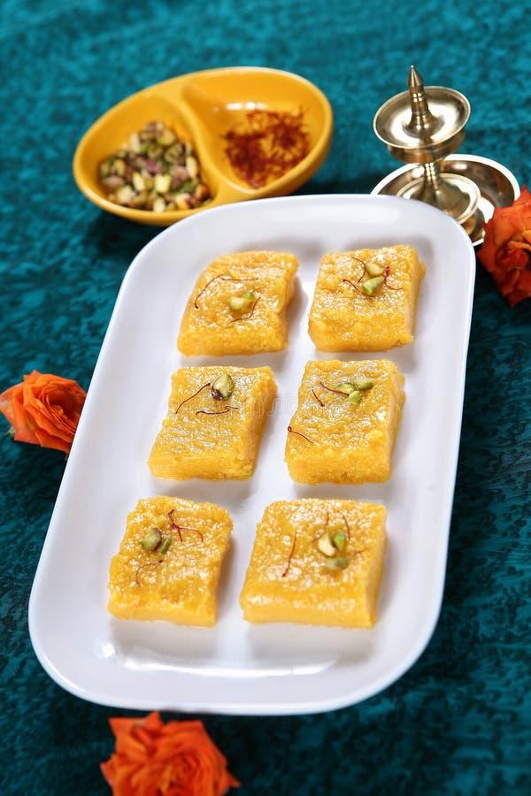 Barfi манго/десерт манго стоковые изображения rf