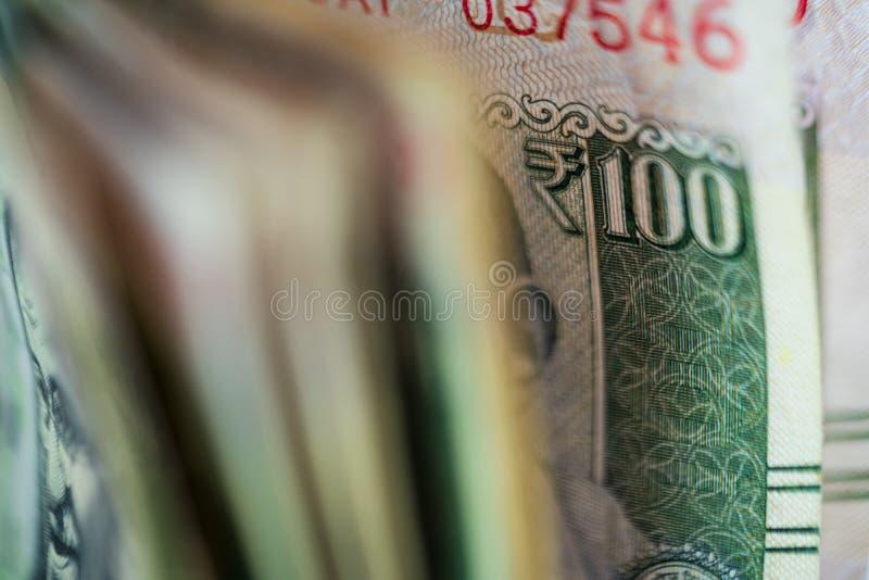 Bargeld, das Front View Background zählt lizenzfreie stockfotos