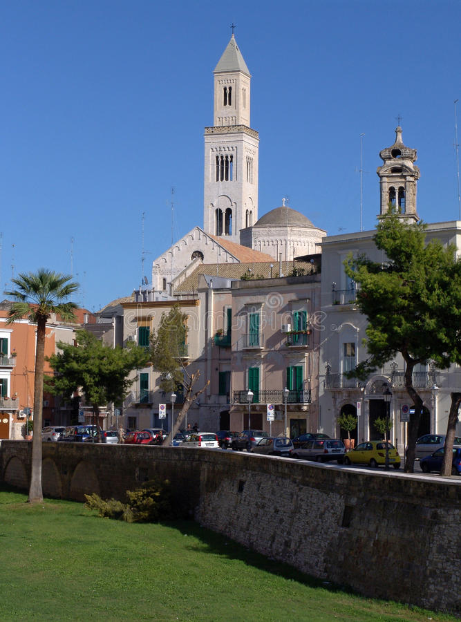 bari basilica di nicola san arkivfoton