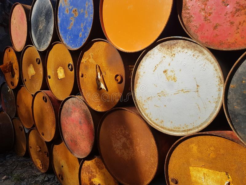 Baril en métal, tonneau à huile photos libres de droits