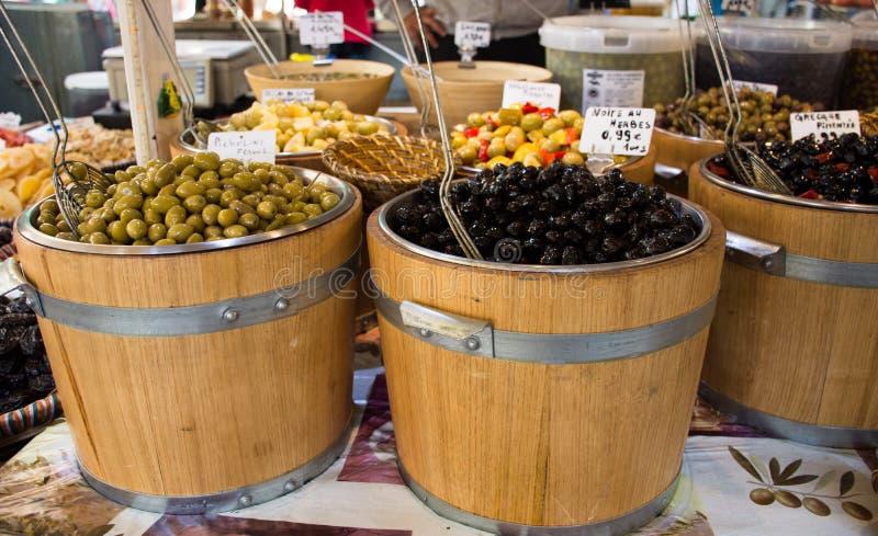 Barilotti delle olive fotografia stock