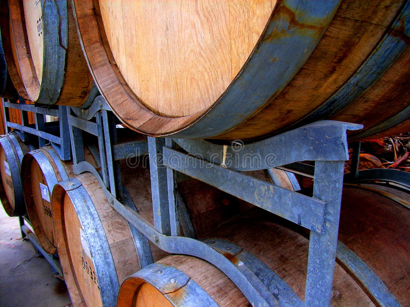 Barils 3 d'établissement vinicole photos libres de droits
