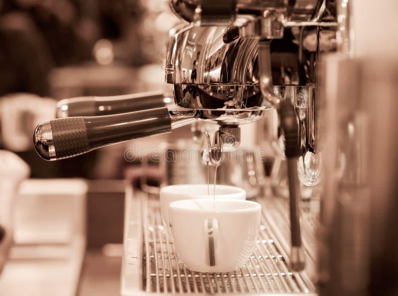 barista kawa espresso przygotowywa fotografia stock